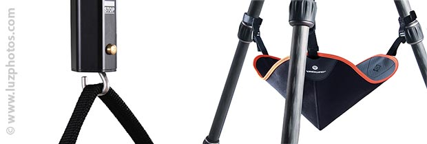 Crochet sur la colonne centrale du trépied ou sac de lestage à accrocher aux jambes du trépied