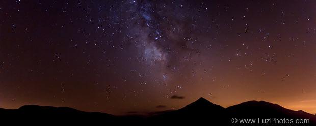 L'utilisation d'un trépied permet de faire des photos de nuit (exemple d'une photo de la voie lactée faite en montagne)