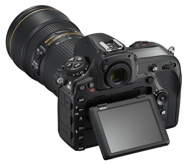 Nikon D850 Vs Nikon D810 - Écran inclinable et tactile sur le D850