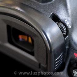 Confort de visée - Le réglage dioptrique d'un viseur : gros plan sur la molette de réglage du Canon EOS 5D mark III